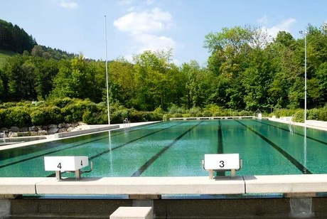Olten tourism schwimmbad for Schwimmbad shop